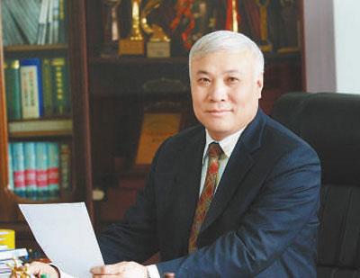 """""""改革开放成就了我和欧亚""""——记长春欧亚集团股份有限公司董事长曹和平"""