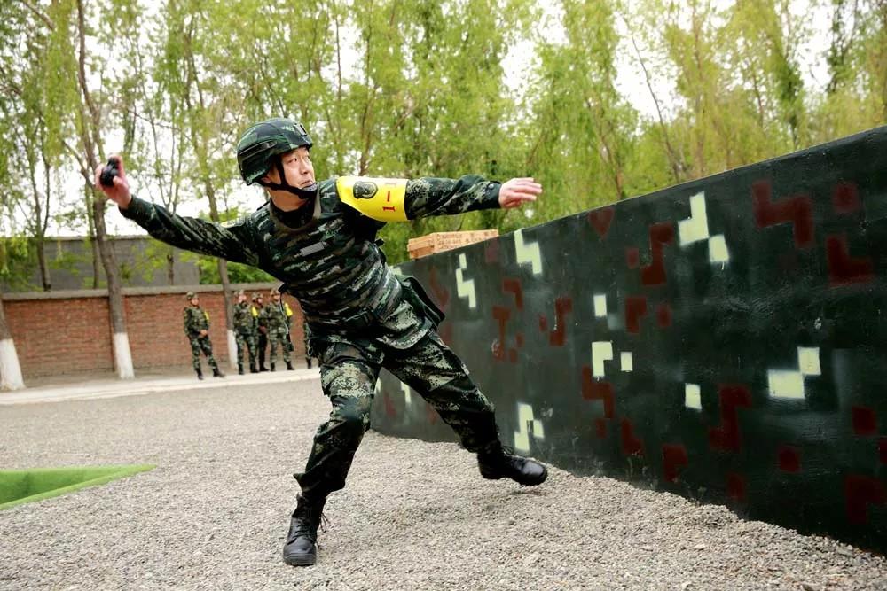 武警兵团总队首届指挥员暨参谋人员比武竞赛落下帷幕
