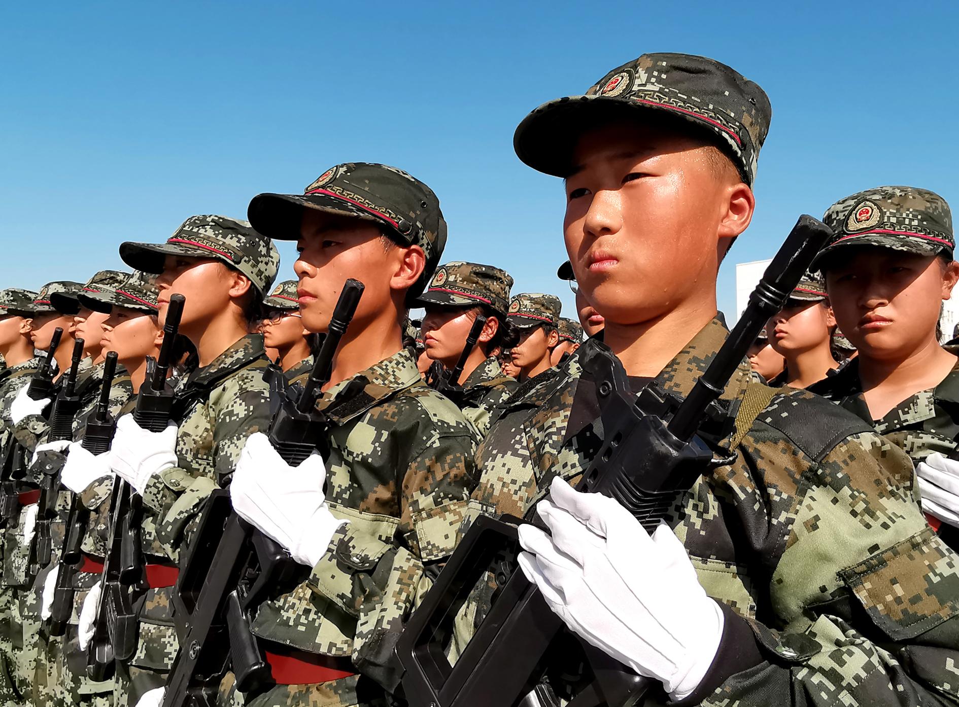 七师举办少年军校检阅式暨军事技能大赛