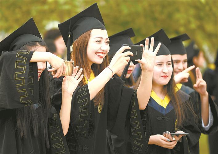 塔里木大学促进改革、发展、稳定巡礼
