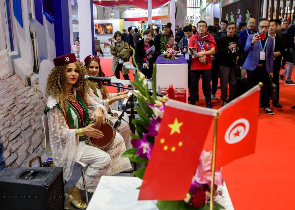 上海进博会各国演艺活动广受欢迎