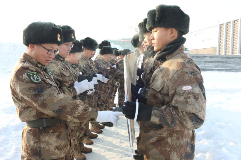 兵团大冬训 实弹射击 竭力争优