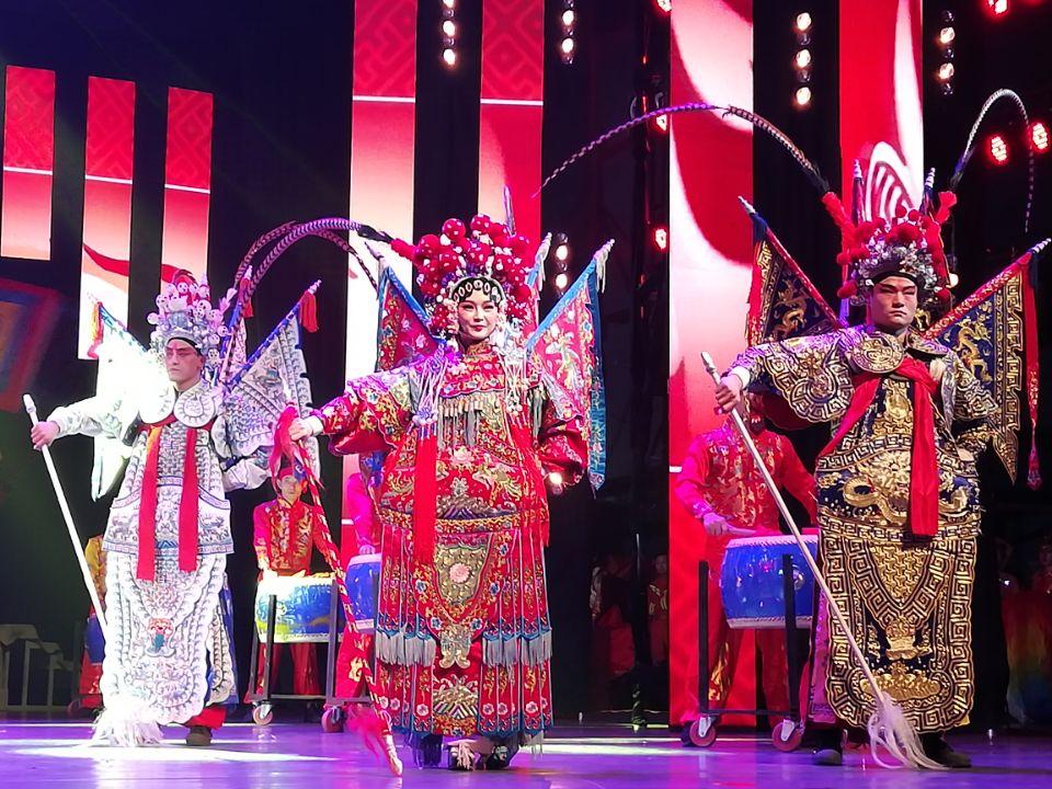 石河子市消防救援支队举办2020年迎新年春节团拜会