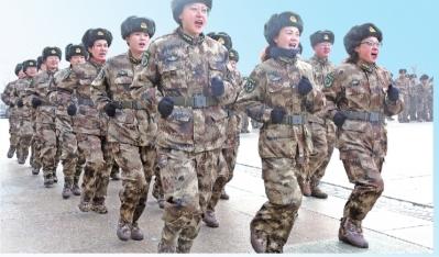 十二师机关2020年大冬训掠影  :争做一流民兵