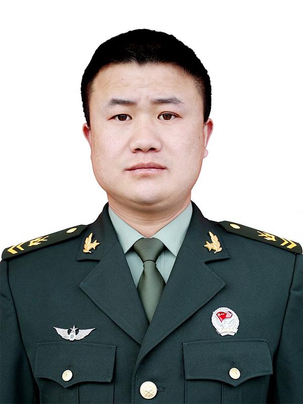 申亮亮:人民心中的维和英雄