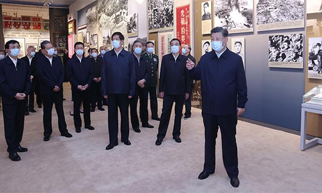 习近平等党和国家领导人参观纪念中国人民志愿军抗美援朝出国作战70周年主题展览