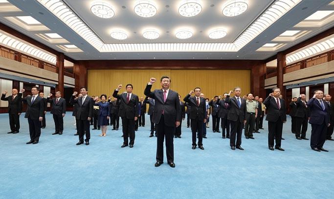 """习近平等党和国家领导人 参观""""'不忘初心、牢记使命'中国共产党历史展览"""""""